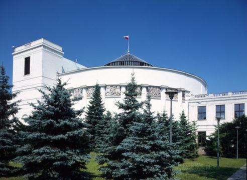 Sejm odrzuca pomysł badania pracowników ochrony zdrowia na obecność koronawirusa